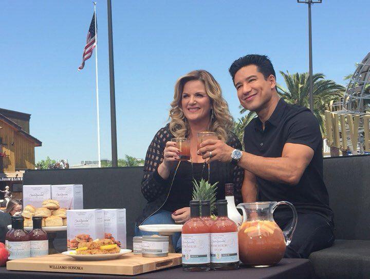 Trisha Yearwood Talks Garth Brooks, Cooking, and Her New Williams Sonoma Line
