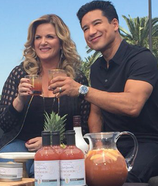 Trisha Yearwood Talks Garth Brooks, Cooking, and Her New Williams Sonoma Line