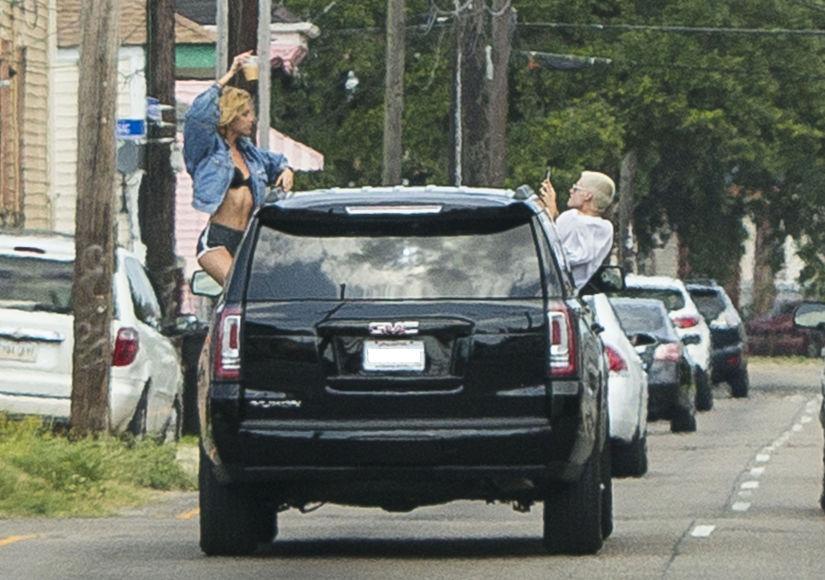 Living Dangerously! See Kristen Stewart & Model GF Stella Maxwell's Risky Pic