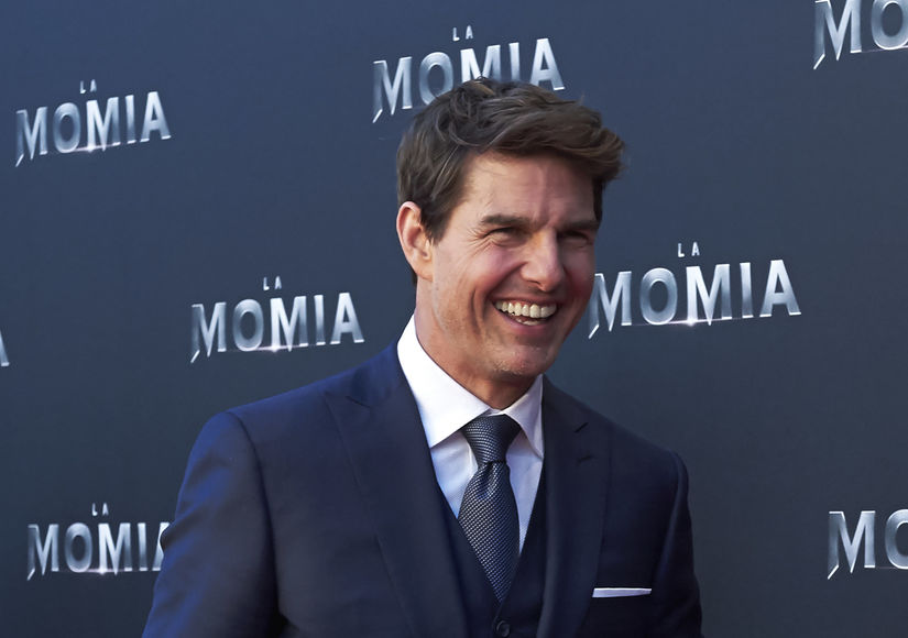 Tom Cruise Reveals He's a 'Total Romantic'