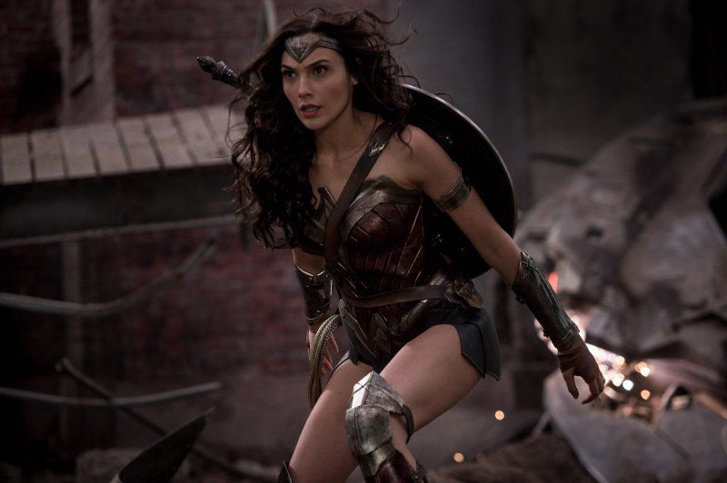 She's a Wonder! 'Wonder Woman' Lassoes $100.5M at Box Office