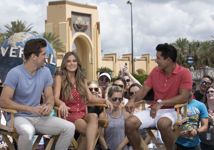 'Extra' Takes Over Universal Orlando Resort