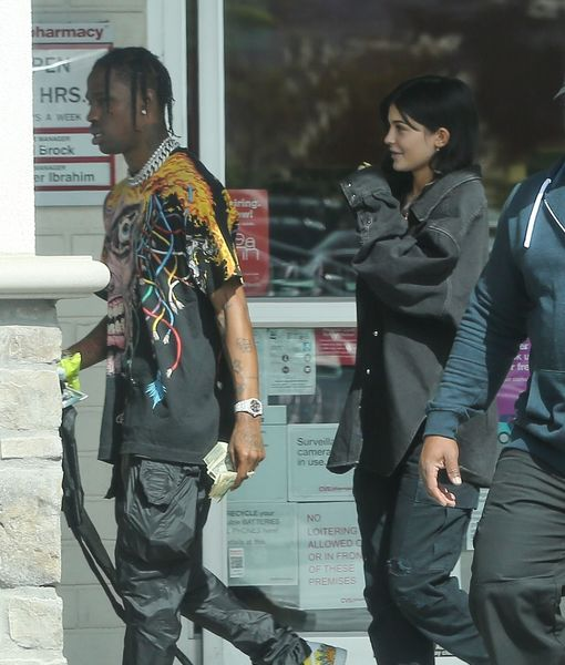 Rumor Bust! Kylie Jenner Did Not Secretly Wed Travis Scott