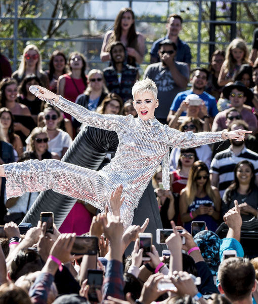 Katy Perry Faces Wardrobe Malfunction at Los Angeles Concert: 'Don't Look Over…