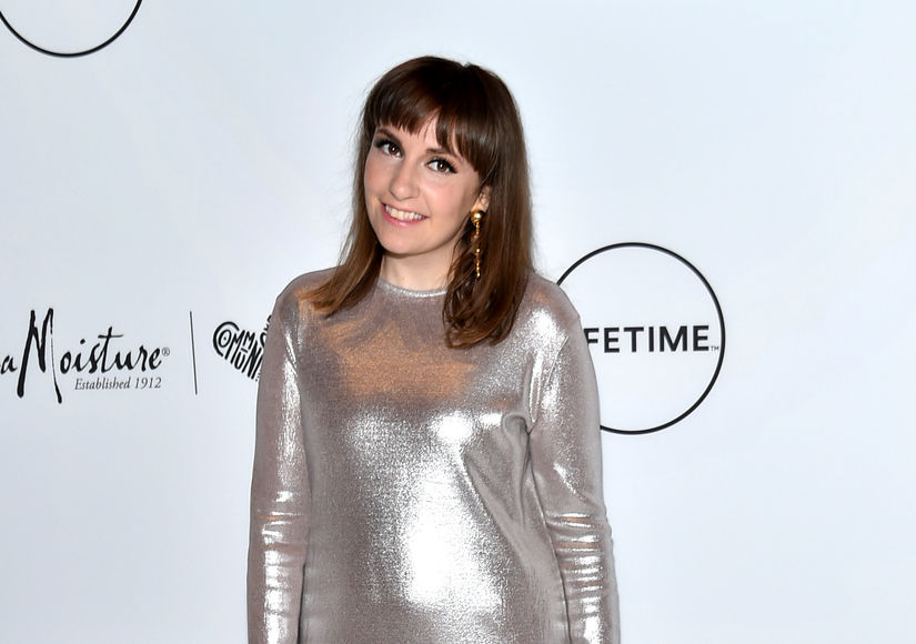 Lena Dunham Posts Nude Photos for Legit Reason