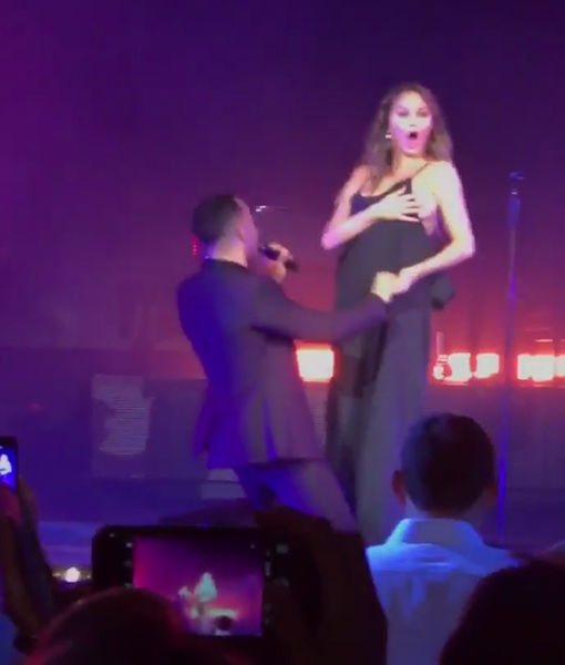 Chrissy Teigen accidentally flashed thousands on stage with John Legend
