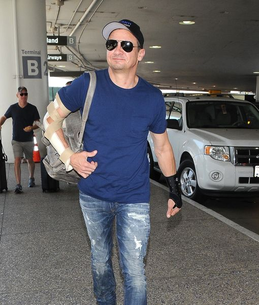 Jeremy Renner Suffers Painful Injury After Stunt Went Wrong