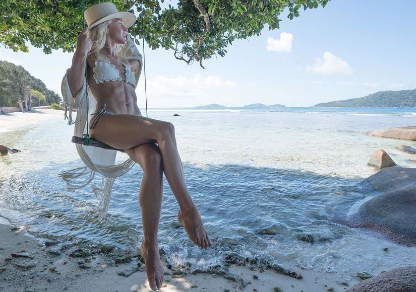 Julianne Hough Shows Off Sexy Bikini Body on Honeymoon