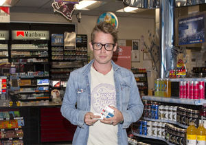 New Pic: Macaulay Culkin Looks So Good!