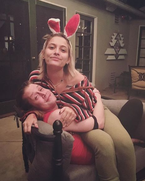 Paris Jackson & Godfather Macaulay Culkin Get Twin Tattoos