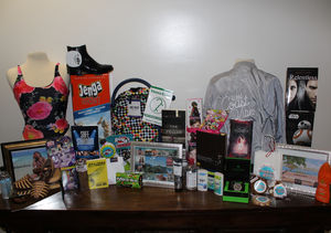 Win It! Teen Choice Awards Prize Pack (2 of 2)