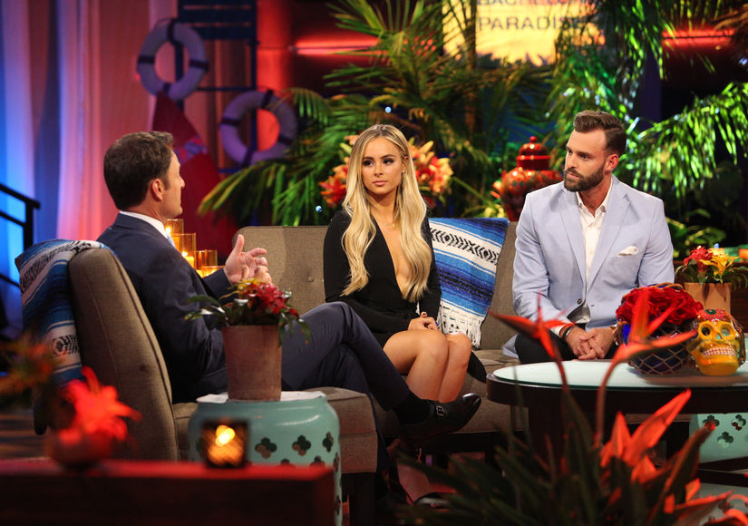 Amanda Stanton Claims This Is the Smoking Gun PDA Pic of Robby Hayes Cheating