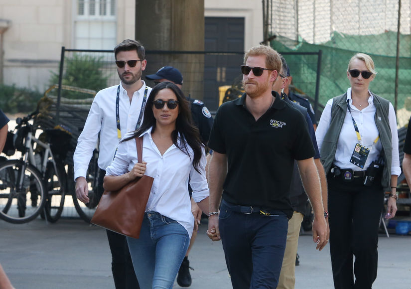 Pics! Prince Harry & Meghan Markle Hold Hands at Invictus Games