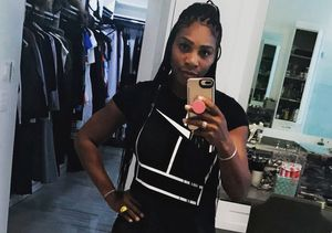Serena Williams Flaunts Post-Baby Body – Just 4 Weeks After Welcoming Baby