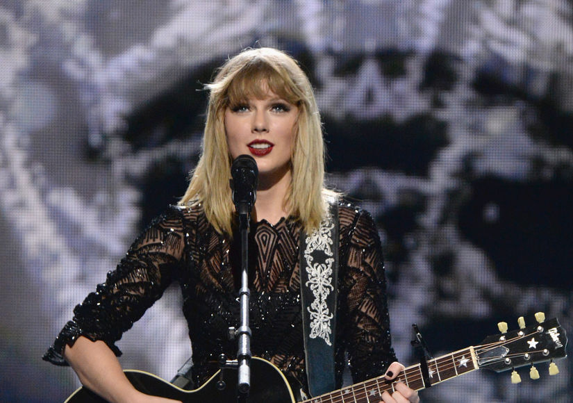 Taylor Swift Joins All-Star Jingle Ball Tour Lineup