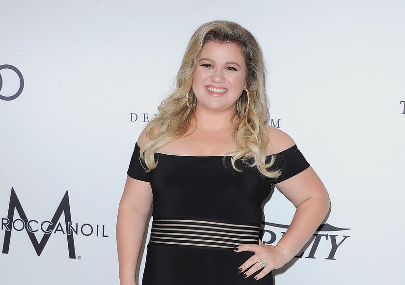 LOL! Kelly Clarkson's Spanx Confession at Power of Women Event