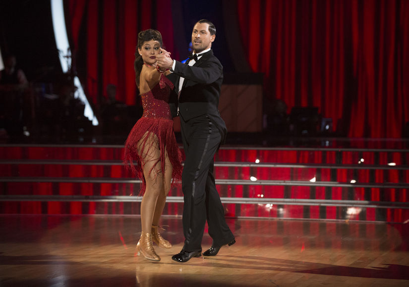 'DWTS' Wardrobe Malfunction! Vanessa Lachey Loses Her Skirt