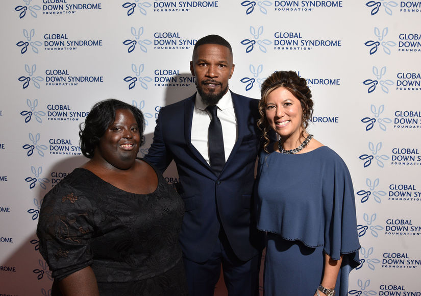 Jamie Foxx Jokes About Becoming a Reality Star, Plus: Joe Manganiello & Sofía Vergara's Thanksgiving Plans