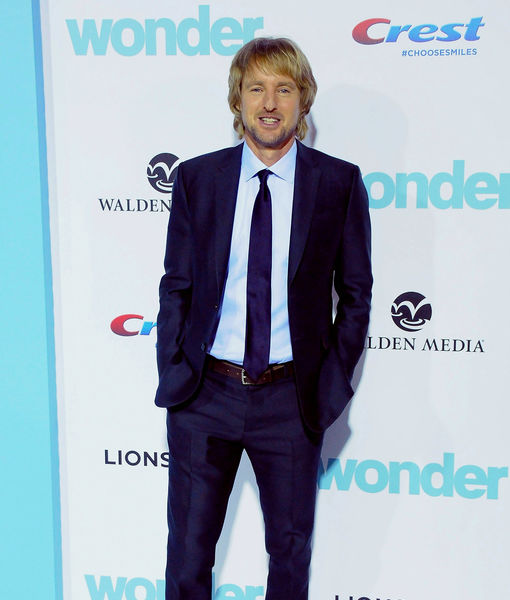 Owen Wilson Reveals Julia Roberts' Hobby on 'Wonder' Set