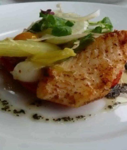 Mansions & Millionaires: Eating at Le Jules Verne in Paris