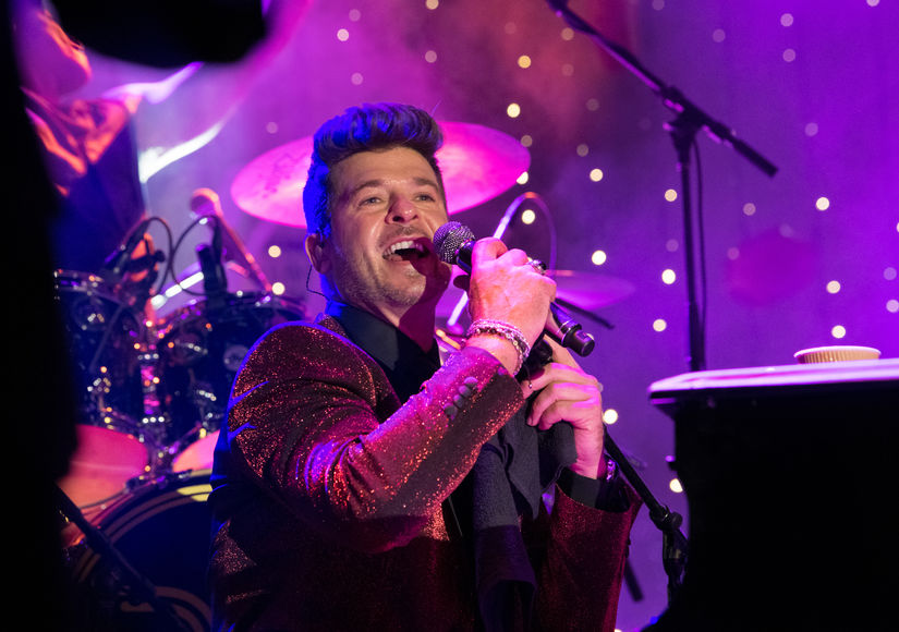 Robin Thicke Opens Up About Christmas Traditions at Rodeo Drive Holiday Lighting Celebration