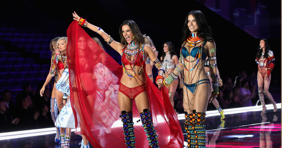 Alessandra Ambrosio Is Saying Goodbye to Victoria's Secret ...