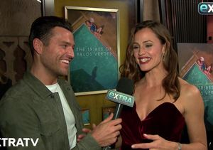 Jennifer Garner Dishes on Her Seven Chickens