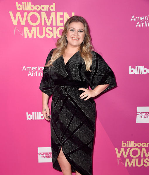 Kelly Clarkson Says Her Home Was Robbed
