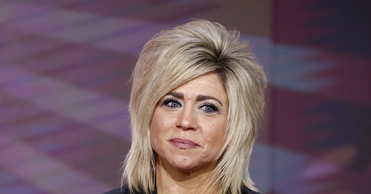 """theresa divorced singles Theresa and larry caputo have divorce in their future the """"long island medium"""" star's estranged husband larry, 61, told tmz that he has """"moved on"""" and """"met someone special"""" in a."""