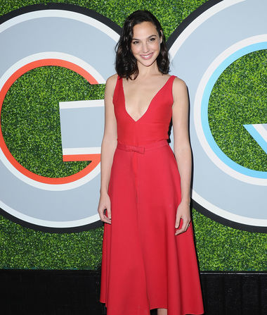 Whoa! Gal Gadot's Dress Isn't What It Seems