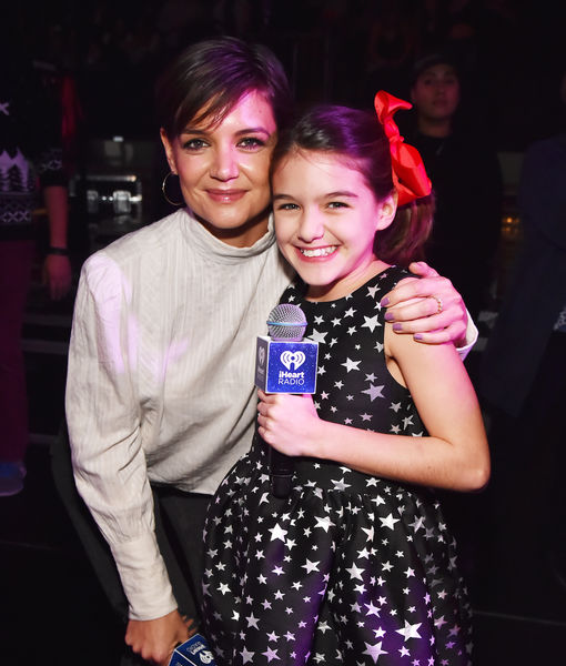 Katie Holmes & Daughter Suri Introduced Taylor Swift at Jingle Ball