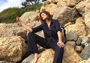 You're Going to Want These Cindy Crawford-Inspired Pants!