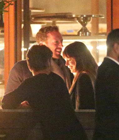 First Pic! Chris Martin & Dakota Johnson Spotted on Romantic…