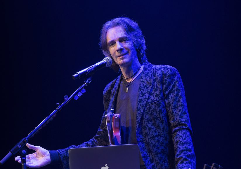 Rick Springfield Reflects on the Day He Almost Died, Plus: His Thoughts of Suicide