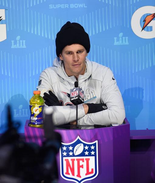 Tom Brady Takes 'Extra' Pop Culture Quiz — How'd He Do?