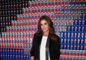 Cindy Crawford Gives Update on George Clooney's Twins, Plus: Her Super Bowl…