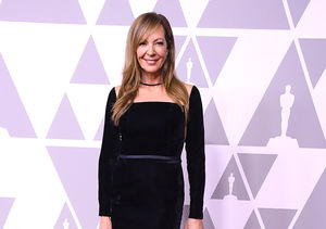 Allison Janney Tackles 'Extra' Mystery Plate — Watch!