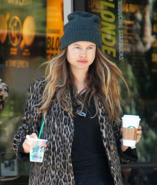 behati-prinsloo-backgrid