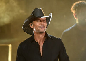 Onstage Emergency! Tim McGraw Collapses During Performance