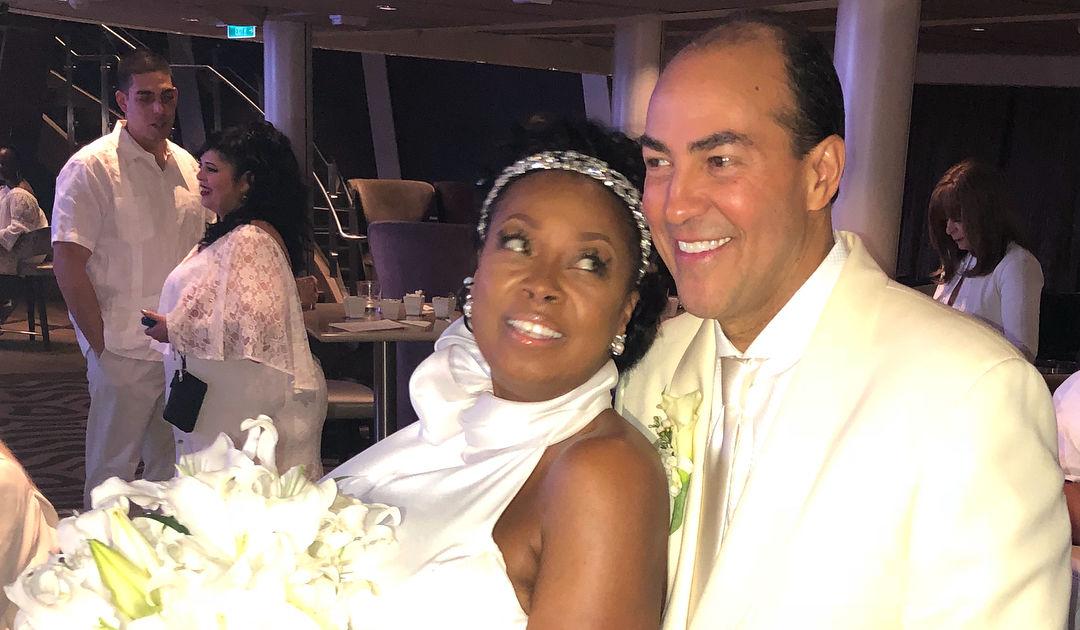 Wedding Pics Star Jones Marries Richard Lugo Extratvcom