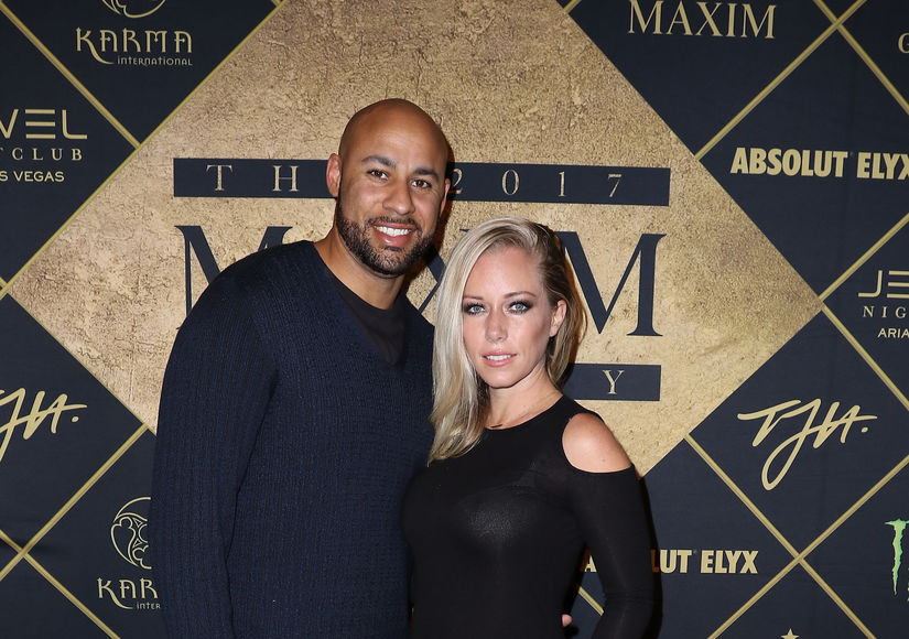 Kendra Wilkinson Apologizes to Hank Baskett After Live-Tweeting Their Fight
