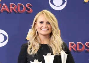 'Extra' Exclusive: Miranda Lambert Backstage at the ACM Awards After Her…