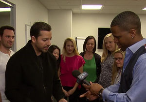 David Blaine Wows 'Extra' with His Magic Tricks — Watch!