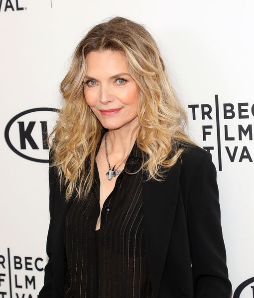 Michelle Pfeiffer Asked About 'Scarface' Weight, Audience Boos
