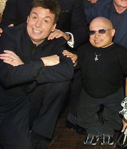 Mike Myers Praises Verne Troyer as a 'Great Comedian'