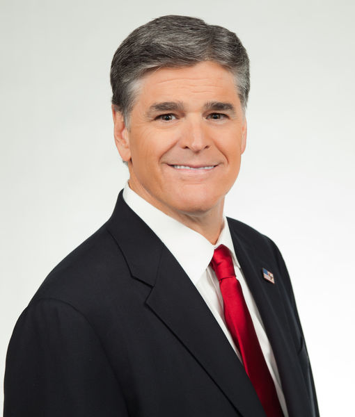 'Extra' Exclusive: Sean Hannity Sounds-Off on Trump, Cohen & Kimmel