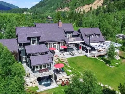 Mansions millionaires inside kevin costner s aspen for Celebrity homes in aspen