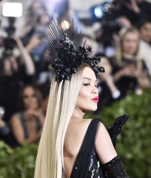 Met Gala: Rita Ora Stuns in Black Roses Headpiece