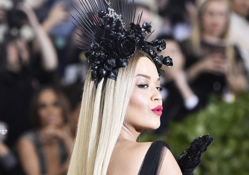 Met Gala: Rita Ora Stuns in Black Roses Headpiece
