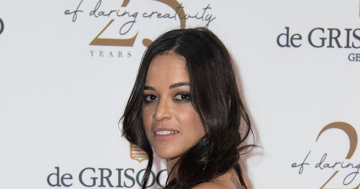 Michelle Rodriguez Flashes Major Side Boob In Cannes, Narrowly Avoiding Wardrobe -2039